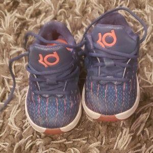 Toddler blue Kevin Durants